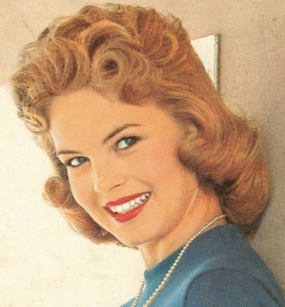 1950 Hairstyle Bouffant Blonde Hair