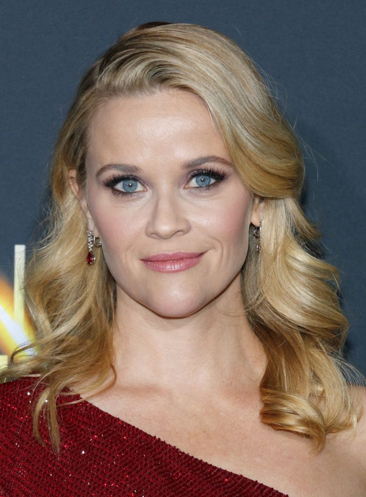 Hairstyle Trends 2019 - Reese Witherpoon with beautiful blonde mid length soft wave hairstyle 2019