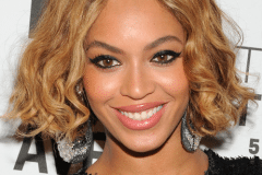 Beyonce Knowles short wavy bob hairstyle