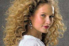 From the Hairstyles Gallery a long beautiful curly hairstyle.